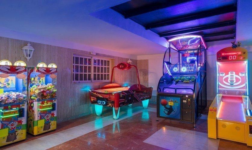 детская площадка Апарт-отель magic tropical splash бенидорме